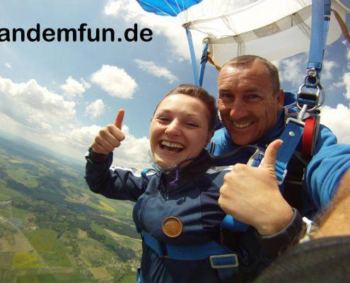 Fallschirmspringen mit Tandemfun Edi Engl in Klatovy Tschechien, Tandemsprung Klattau