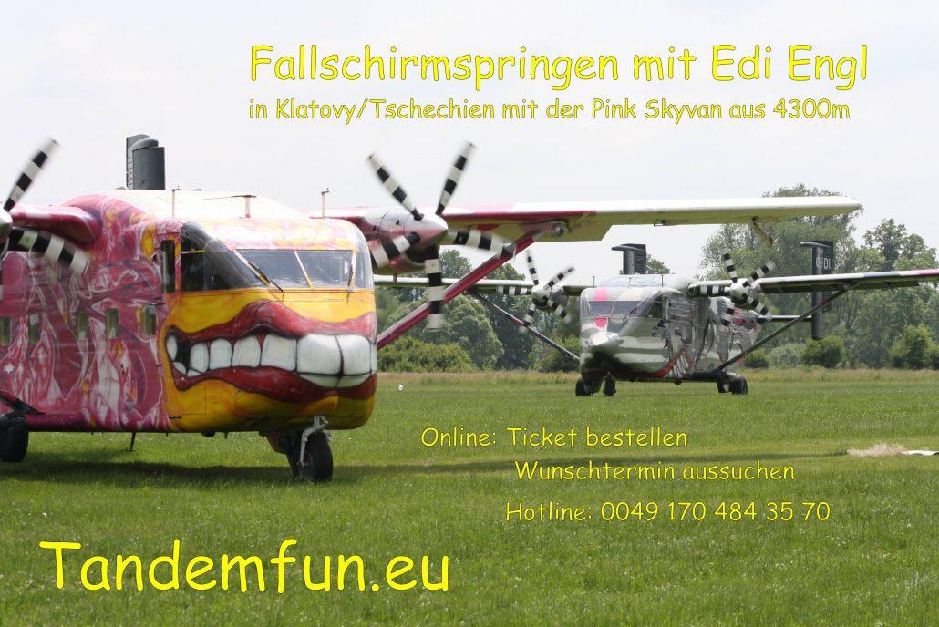 Tandem Fallschirmspringen mit Tandemfun in Klatovy, Dingolfing, Fromberg und Zell am See. Tandemspringen aus bis zu 6000 Meter Absprunghöhe. Für alle aus Bayern und Österreich.