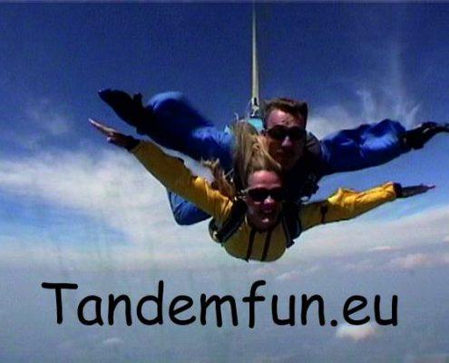Fallschirmspringen München mit Edi Engl von Tandemfun
