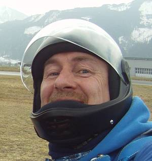Edi Engl Tandem-Fallschirmspringen