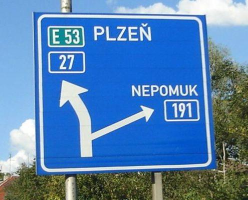 Fallschirmspringen mit Tandemfun in Klatovy Tschechien bei Pilsen.